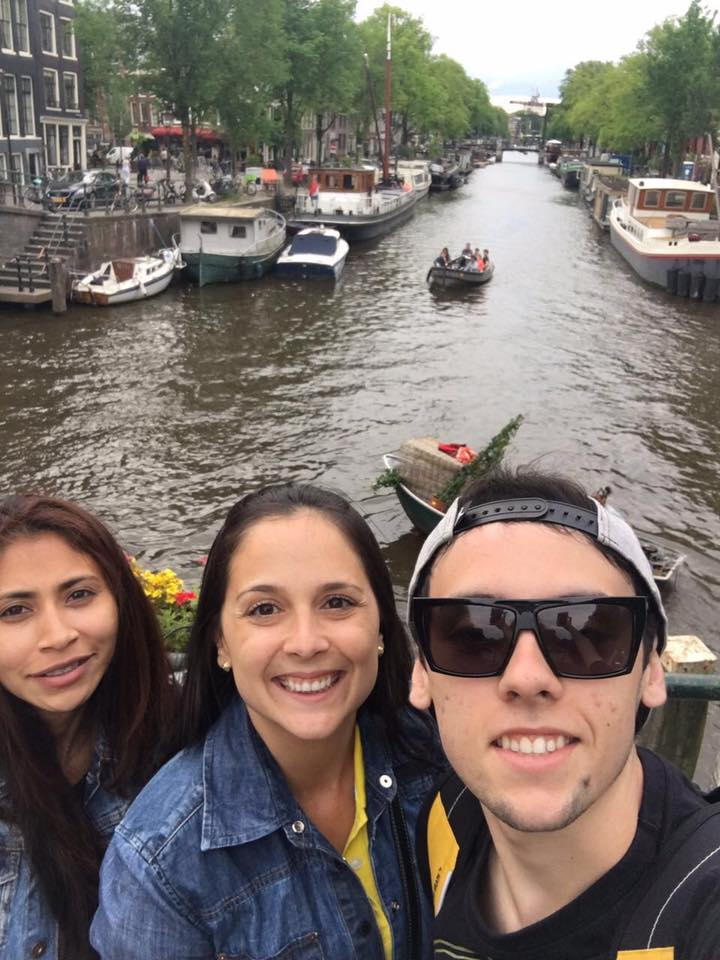 13626523 1084823211611175 4273570163115386049 n - Conheça Amsterdã com Lauddi, sua guia de turismo brasileira na Holanda.