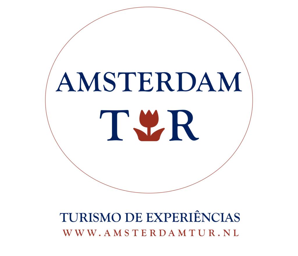 www.AmsterdamTur.nl @amsterdamtur.nl Logo slogan oficial 1024x879 - Conheça Amsterdã com Lauddi, sua guia de turismo brasileira na Holanda.